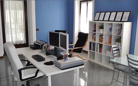 Decoraci n e ideas para mi hogar 10 oficinas modernas para tu hogar - Muebles oficina ikea ...